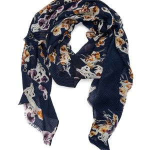 NEW DIRECTIONS Pleated Floral Oblong Shawl Scarf